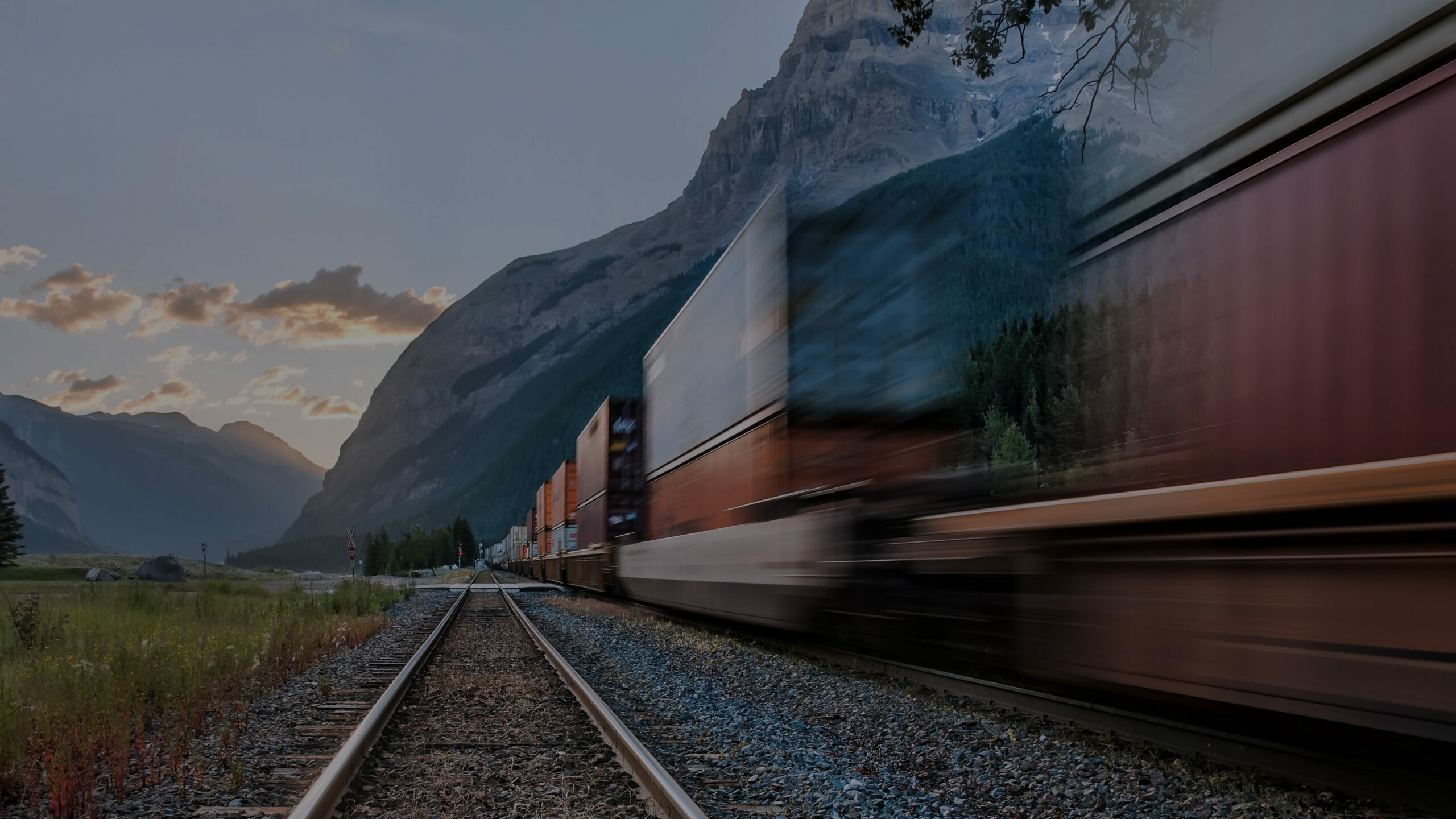 thumbnail for The SwanLeap Shipper's Minute: Is Rail Controlling the Spot Market?